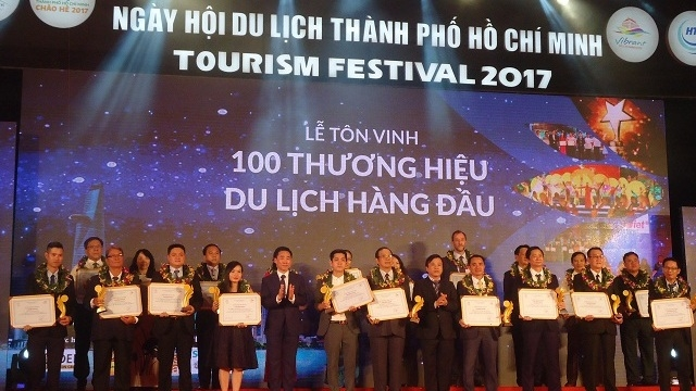 Top 100 tourism brands in Ho Chi Minh City honoured, travel news, Vietnam guide, Vietnam airlines, Vietnam tour, tour Vietnam, Hanoi, ho chi minh city, Saigon, travelling to Vietnam, Vietnam travelling, Vietnam travel, vn news