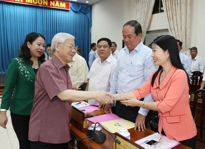 Vietnam, Pakistan hold second political consultation, Vietnamese ambassador works to enhance ties with Algerian locality, General Secretary Nguyen Phu Trong during a working session in Dong Thap