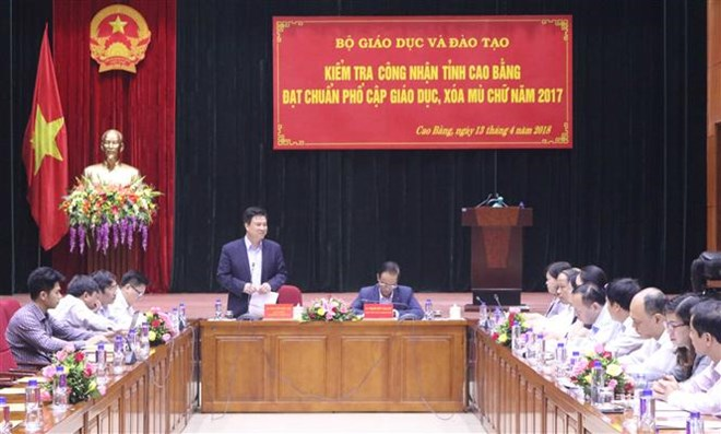 Social media – effective tool for tourism companies, Chinese Embassy in Vietnam meets with local reporters, Australia helps Vietnam with slaughtering management, skills, HCM City to host activities for Hung Kings' death anniversary