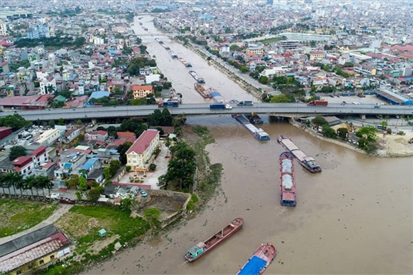 Develop waterway transport, construction of inland waterway ports, Vietnam economy, Vietnamnet bridge, English news about Vietnam, Vietnam news, news about Vietnam, English news, Vietnamnet news, latest news on Vietnam, Vietnam