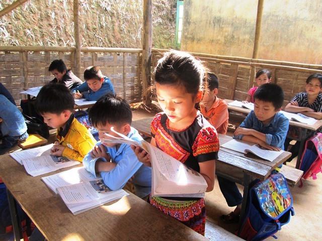 Mixed aged pupils share classroom in mountainous area, Vietnam education, Vietnam higher education, Vietnam vocational training, Vietnam students, Vietnam children, Vietnam education reform, vietnamnet bridge, english news, Vietnam news, news Vietnam,