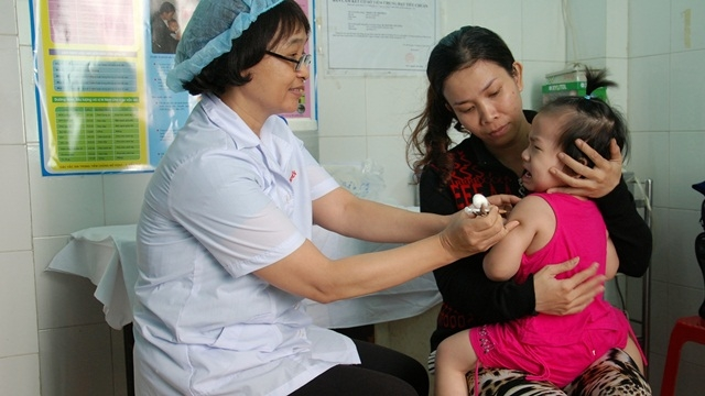 Working group to monitor treatment of oil-contaminated wells, Activities held to foster effective cooperation between Vietnam - Italy, Documentary on Vietnamese war to be screen, Ministry of Health warns about high risk of new measles outbreak