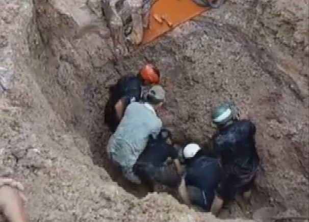 Quang Nam, Laos' Sekong province to deal with illegal migration, Quang Tri: Memorial service held for remains of soldiers, Bac Ninh holds job fair for workers returning from RoK, France-Vietnam job festival to be held in Hanoi, HCM City