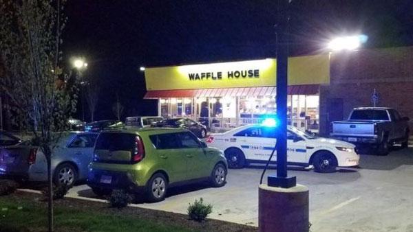 Nashville Waffle House, naked gunman, kill four