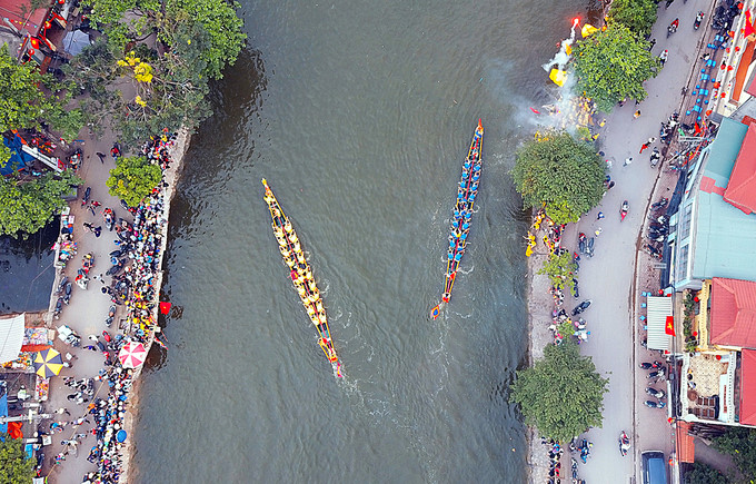Dam boat racing festival draws 150 rowers, entertainment events, entertainment news, entertainment activities, what's on, Vietnam culture, Vietnam tradition, vn news, Vietnam beauty, news Vietnam, Vietnam news, Vietnam net news, vietnamnet news