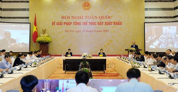 Transport ministry suggests solutions to Cai Lay Tollgate impasse, Garment exports to US surge in first quarter of 2018, Nawaplastic acquires majority interest in Binh Minh Plastics, HCM City calls on FDI firms to support local sustainable development