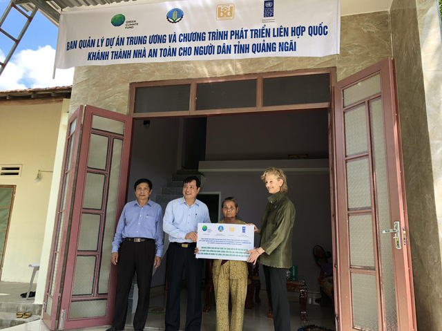 Flood barrier project unfinished as rainy season nears, UNDP provides Quang Ngai residents with safe homes