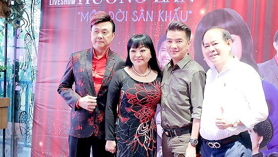 Overseas Vietnamese singer Huong Lan marks half-century in singing career, entertainment events, entertainment news, entertainment activities, what's on, Vietnam culture, Vietnam tradition, vn news, Vietnam beauty, news Vietnam, Vietnam news, Vietnam net