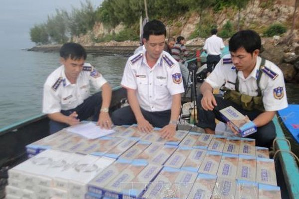 Experts want strong tobacco tax hike, vietnam economy, business news, vn news, vietnamnet bridge, english news, Vietnam news, news Vietnam, vietnamnet news, vn news, Vietnam net news, Vietnam latest news, Vietnam breaking news