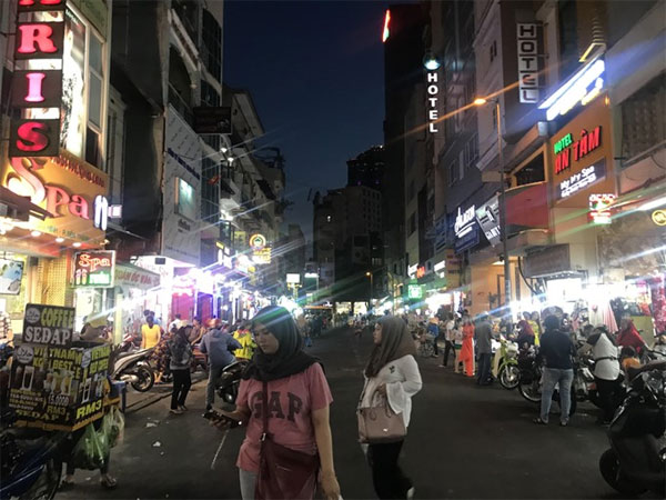HCM City's Chinatown, Korea Town, Japan Town, Vietnam economy, Vietnamnet bridge, English news about Vietnam, Vietnam news, news about Vietnam, English news, Vietnamnet news, latest news on Vietnam, Vietnam
