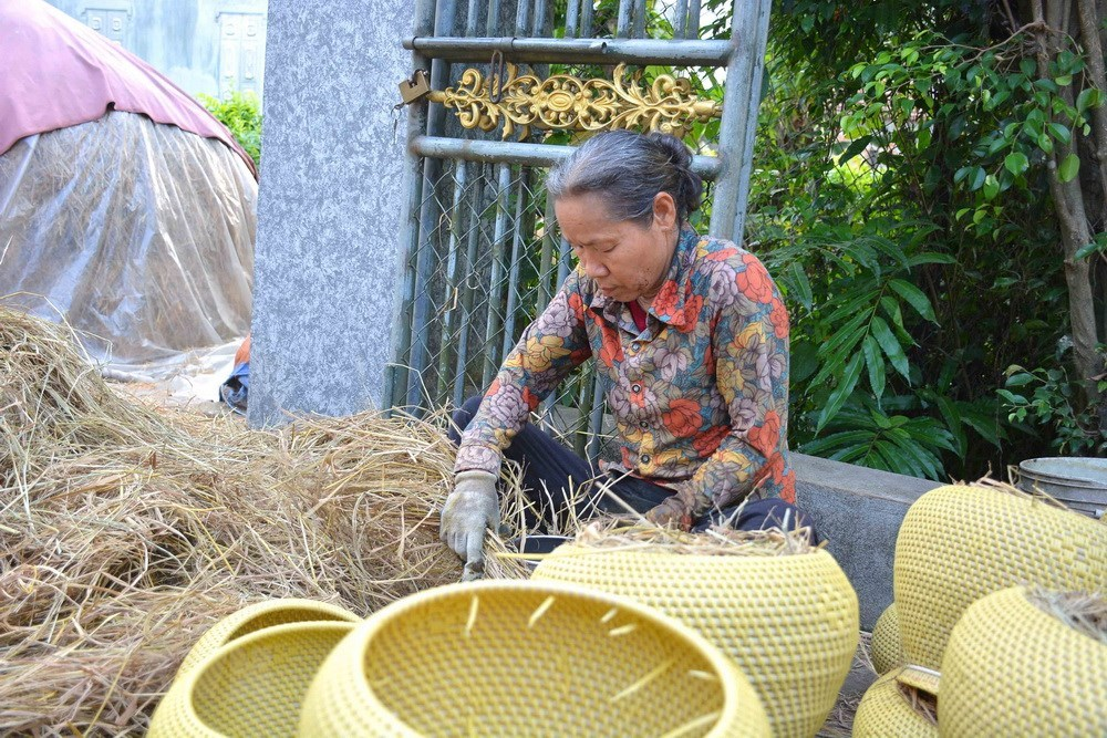 Hundred year-old teapot basket making village in Nam Dinh, social news, vietnamnet bridge, english news, Vietnam news, news Vietnam, vietnamnet news, Vietnam net news, Vietnam latest news, vn news, Vietnam breaking news