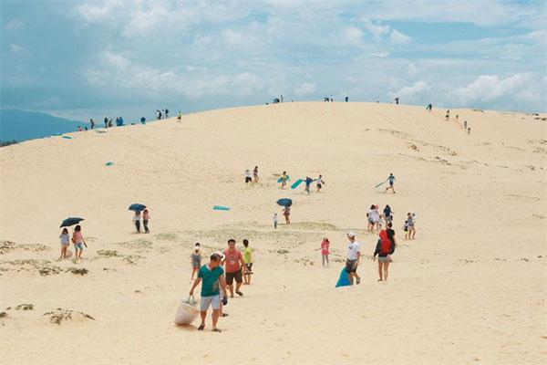 Quang Binh, sand dunes, Vietnam economy, Vietnamnet bridge, English news about Vietnam, Vietnam news, news about Vietnam, English news, Vietnamnet news, latest news on Vietnam, Vietnam