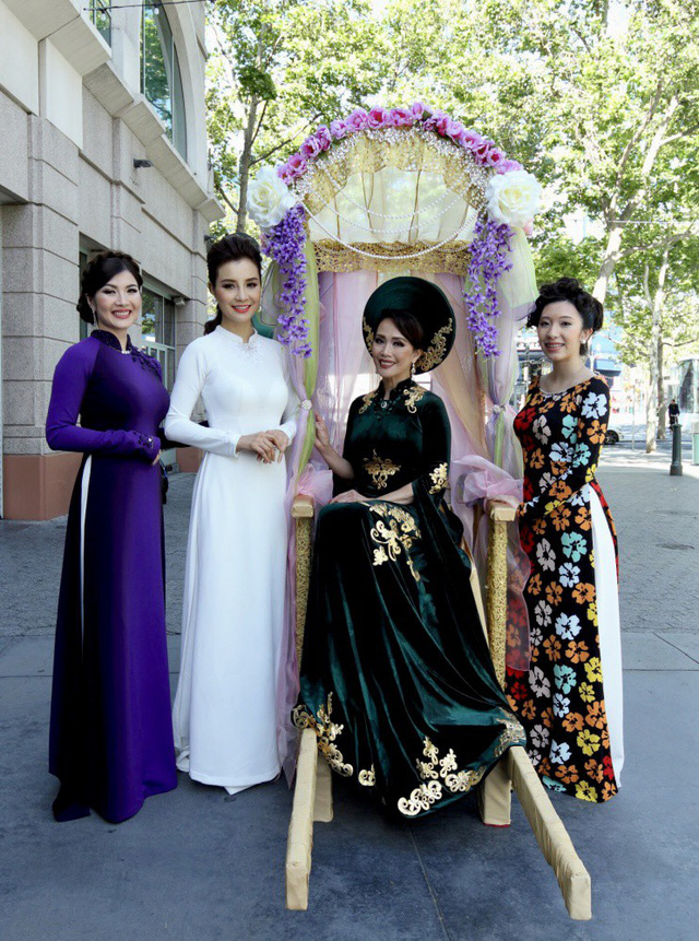 Designer Do Trinh Hoai Nam opens Ao Dai Festival in the US, entertainment events, entertainment news, entertainment activities, what's on, Vietnam culture, Vietnam tradition, vn news, Vietnam beauty, news Vietnam, Vietnam news, Vietnam net news, vietnamne