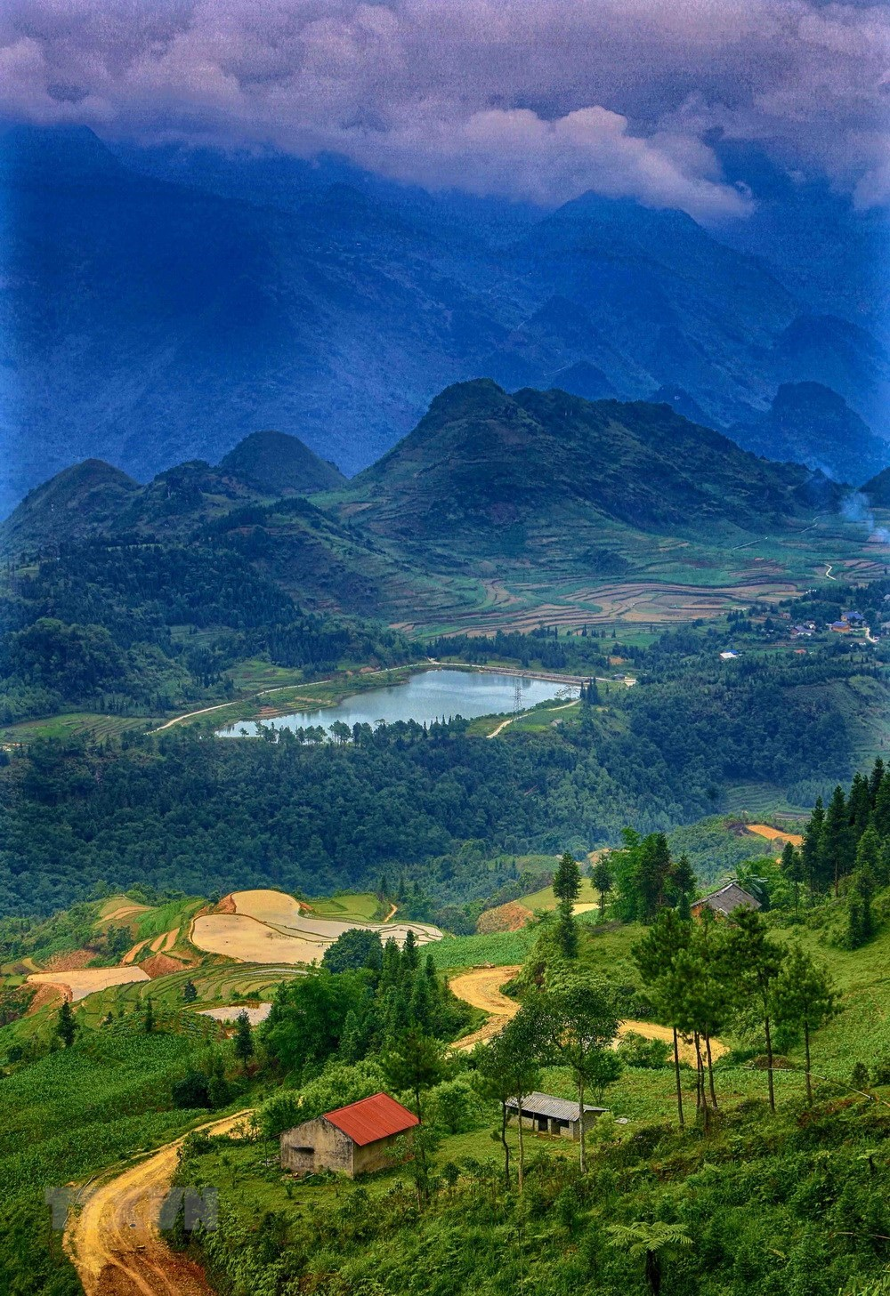 Stunning view of Ha Giang's natural landscapes in summer, travel news, Vietnam guide, Vietnam airlines, Vietnam tour, tour Vietnam, Hanoi, ho chi minh city, Saigon, travelling to Vietnam, Vietnam travelling, Vietnam travel, vn news