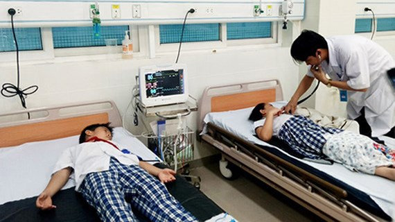 40 primary pupils hospitalized due to milk tea poisoning