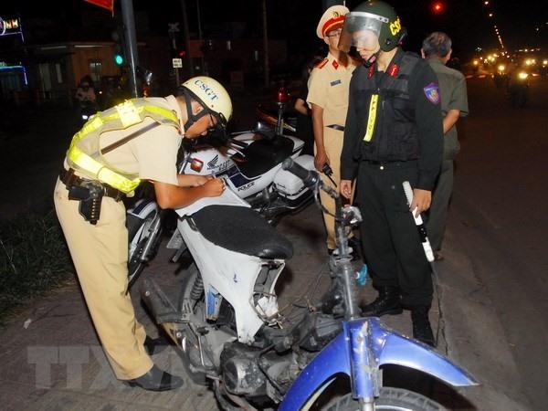 Hanoi police crack down on illegal racing