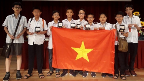 Vietnam ranks second at Asia Pacific maths contest with six golds, Vietnam education, Vietnam higher education, Vietnam vocational training, Vietnam students, Vietnam children, Vietnam education reform, vietnamnet bridge, english news, Vietnam news, news