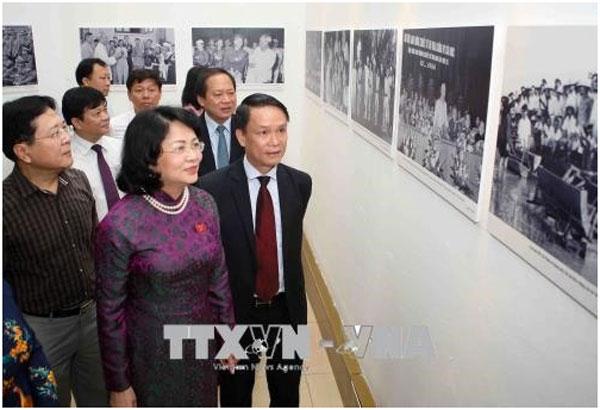 Photographs, President Ho Chi Minh, promoting patriotism, Vietnam economy, Vietnamnet bridge, English news about Vietnam, Vietnam news, news about Vietnam, English news, Vietnamnet news, latest news on Vietnam, Vietnam
