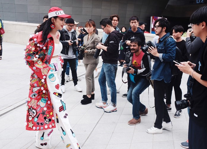 VN fashionista graces Louis Vuitton's France fashion show, chau bui, entertainment events, entertainment news, entertainment activities, what's on, Vietnam culture, Vietnam tradition, vn news, Vietnam beauty, news Vietnam, Vietnam news, Vietnam net news,