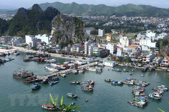 Quang Ninh works to improve tourism infrastructure, travel news, Vietnam guide, Vietnam airlines, Vietnam tour, tour Vietnam, Hanoi, ho chi minh city, Saigon, travelling to Vietnam, Vietnam travelling, Vietnam travel, vn news