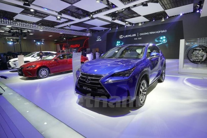Largest-ever Vietnam Motor Show 2018 to open in October, Low interest rate slows G-bond sales, Vietnam's leading fruit exporter eyes 20 percent growth, Pharung Shipyard delivers first oil tanker to RoK partner