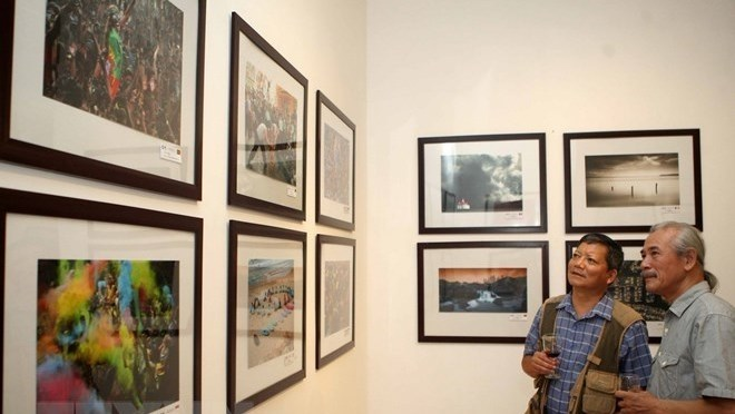American photographic society's exhibition opens in Hanoi, entertainment events, entertainment news, entertainment activities, what's on, Vietnam culture, Vietnam tradition, vn news, Vietnam beauty, news Vietnam, Vietnam news, Vietnam net news, vietnamnet