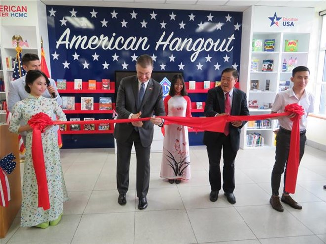 American Hangout learning space inaugurated in Can Tho, Vietnam education, Vietnam higher education, Vietnam vocational training, Vietnam students, Vietnam children, Vietnam education reform, vietnamnet bridge, english news, Vietnam news, news Vietnam, vi