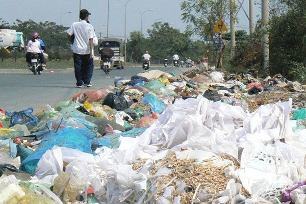 Vietnam faces worsening plastic bag pollution, Vietnam environment, climate change in Vietnam, Vietnam weather, Vietnam climate, pollution in Vietnam, environmental news, sci-tech news, vietnamnet bridge, english news, Vietnam news, news Vietnam, vietnamn