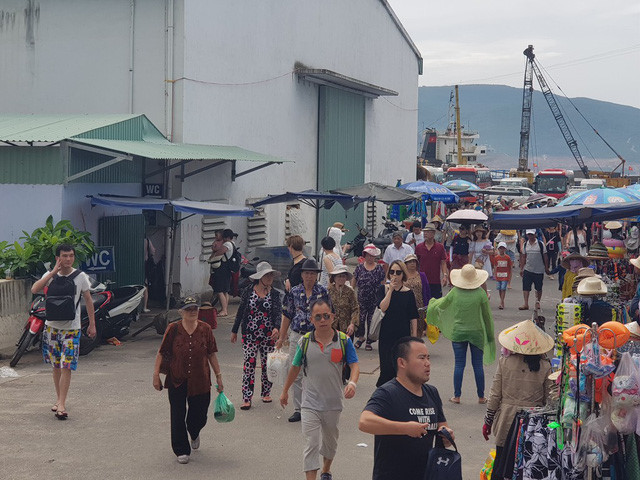 Chinese tourists to Nha Trang on sharp rise, travel news, Vietnam guide, Vietnam airlines, Vietnam tour, tour Vietnam, Hanoi, ho chi minh city, Saigon, travelling to Vietnam, Vietnam travelling, Vietnam travel, vn news
