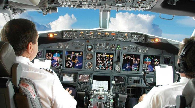 Vietnam Airlines increases pilot salaries, vietnam economy, business news, vn news, vietnamnet bridge, english news, Vietnam news, news Vietnam, vietnamnet news, vn news, Vietnam net news, Vietnam latest news, Vietnam breaking news