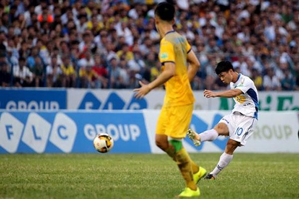 Striker Nguyen Cong Phuong, best goal, Vietnam economy, Vietnamnet bridge, English news about Vietnam, Vietnam news, news about Vietnam, English news, Vietnamnet news, latest news on Vietnam, Vietnam