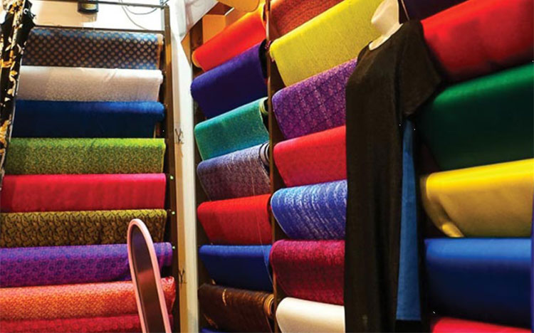 Silk industry revives in 'silk metropolis'