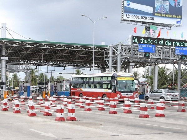 BOT toll booths, violating booths, Vietnam economy, Vietnamnet bridge, English news about Vietnam, Vietnam news, news about Vietnam, English news, Vietnamnet news, latest news on Vietnam, Vietnam