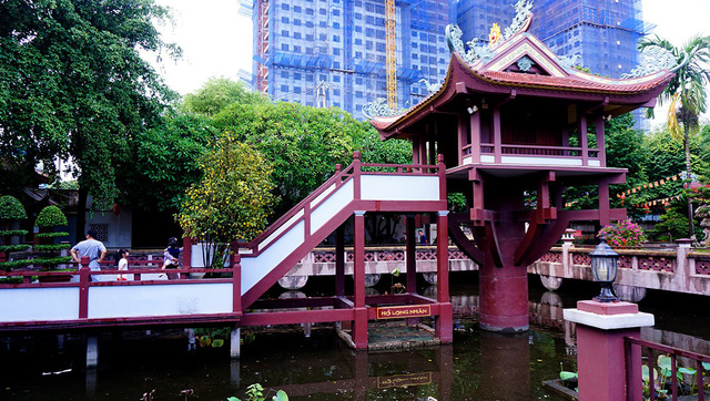 A visit to the Southern One Pillar Pagoda, travel news, Vietnam guide, Vietnam airlines, Vietnam tour, tour Vietnam, Hanoi, ho chi minh city, Saigon, travelling to Vietnam, Vietnam travelling, Vietnam travel, vn news