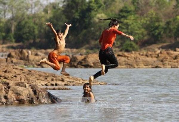 Swimming classes for kids, drowning prevention skills, Vietnam economy, Vietnamnet bridge, English news about Vietnam, Vietnam news, news about Vietnam, English news, Vietnamnet news, latest news on Vietnam, Vietnam