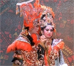 HCM City theatres work to preserve cai luong with young actors, new music
