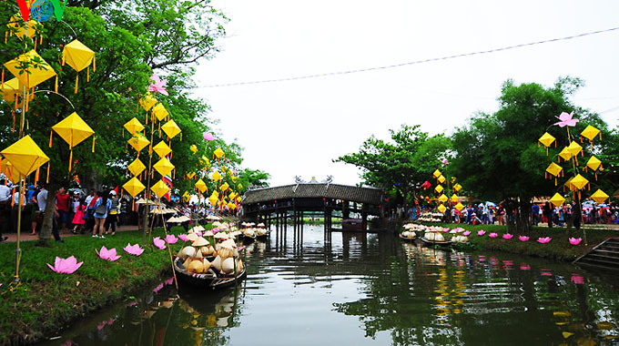 Thanh Thuy Chanh village characterized by ancient architecture, travel news, Vietnam guide, Vietnam airlines, Vietnam tour, tour Vietnam, Hanoi, ho chi minh city, Saigon, travelling to Vietnam, Vietnam travelling, Vietnam travel, vn news