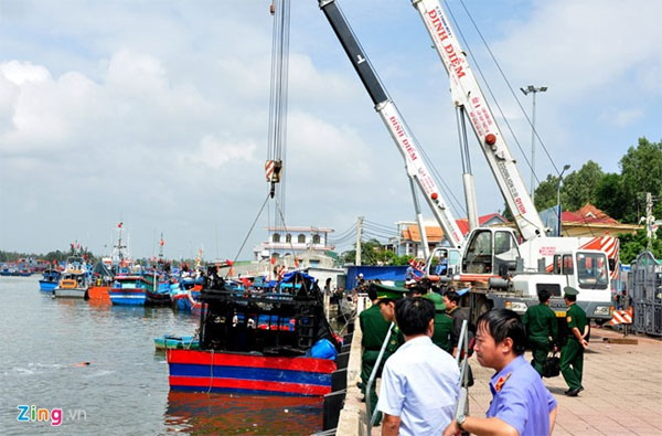 Southern canals, clogged up, dump waste, Vietnam economy, Vietnamnet bridge, English news about Vietnam, Vietnam news, news about Vietnam, English news, Vietnamnet news, latest news on Vietnam, Vietnam
