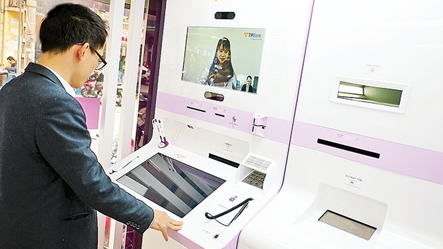 VN banks face new wave of technology, vietnam economy, business news, vn news, vietnamnet bridge, english news, Vietnam news, news Vietnam, vietnamnet news, vn news, Vietnam net news, Vietnam latest news, Vietnam breaking news