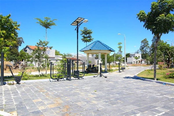 Da Nang, light up with solar power, reduce carbon emissions, Vietnam economy, Vietnamnet bridge, English news about Vietnam, Vietnam news, news about Vietnam, English news, Vietnamnet news, latest news on Vietnam, Vietnam