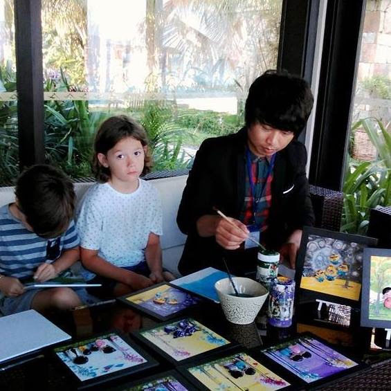 Learn professional painting, sketch portraits for tourists,  painted stones, Vietnam economy, Vietnamnet bridge, English news about Vietnam, Vietnam news, news about Vietnam, English news, Vietnamnet news, latest news on Vietnam, Vietnam