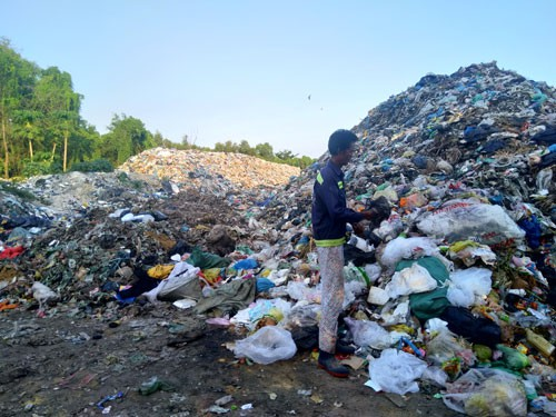 Phu Quoc Struggles To Deal With Plastic Waste