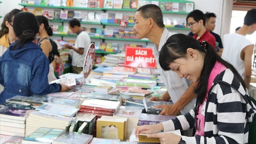 Ho Chi Minh City summer book fair opens, entertainment events, entertainment news, entertainment activities, what's on, Vietnam culture, Vietnam tradition, vn news, Vietnam beauty, news Vietnam, Vietnam news, Vietnam net news, vietnamnet news, vietnamnet