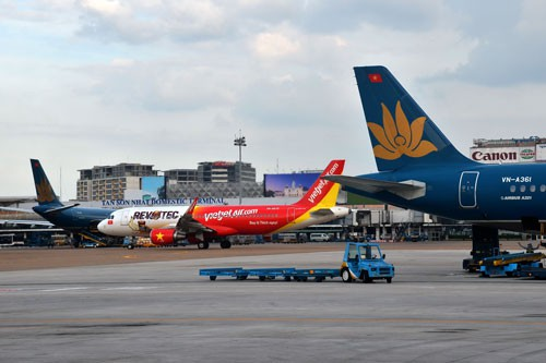 Vietnam Airlines announces flight price hike, travel news, Vietnam guide, Vietnam airlines, Vietnam tour, tour Vietnam, Hanoi, ho chi minh city, Saigon, travelling to Vietnam, Vietnam travelling, Vietnam travel, vn news