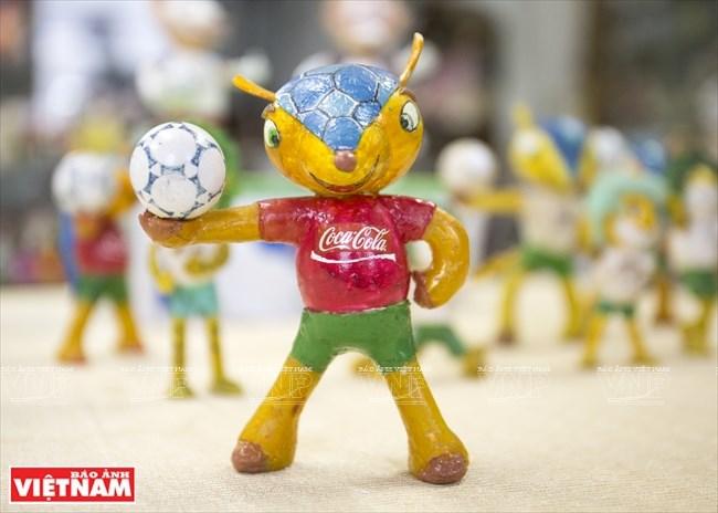 Retired teacher makes World Cup mascots from eggshells, entertainment events, entertainment news, entertainment activities, what's on, Vietnam culture, Vietnam tradition, vn news, Vietnam beauty, news Vietnam, Vietnam news, Vietnam net news, vietnamnet ne
