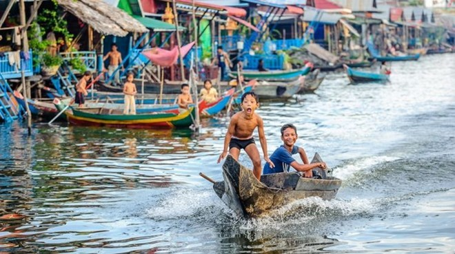 Floating school for Vietnamese students opens in Cambodia, social news, vietnamnet bridge, english news, Vietnam news, news Vietnam, vietnamnet news, Vietnam net news, Vietnam latest news, vn news, Vietnam breaking news