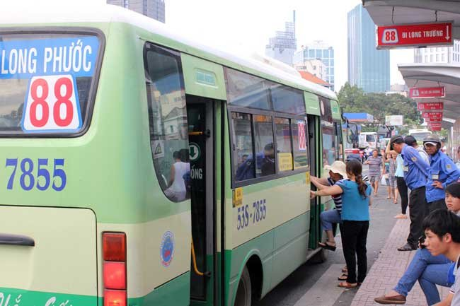 Ministry criticized for raising transport fees, Government news, Vietnam breaking news, politic news, vietnamnet bridge, english news, Vietnam news, news Vietnam, vietnamnet news, Vietnam net news, Vietnam latest news, vn news