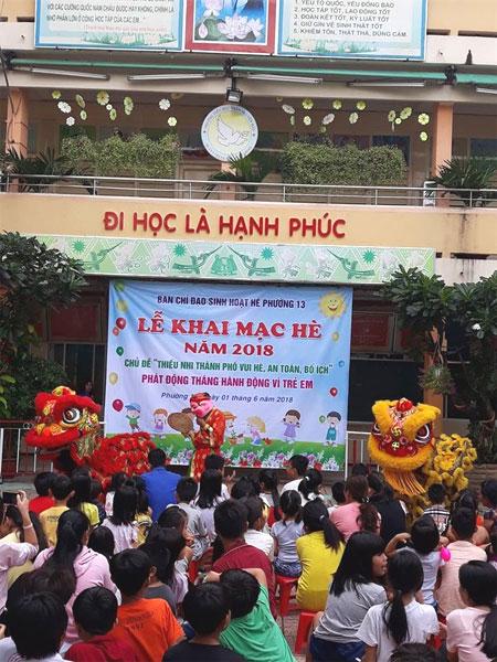 Nhon Nghia Duong Troupe, dragon dance troupe, kylin dance, Vietnam economy, Vietnamnet bridge, English news about Vietnam, Vietnam news, news about Vietnam, English news, Vietnamnet news, latest news on Vietnam, Vietnam