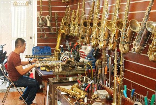 Jazz music, Nguyen Khang, saxophone repairer, Vietnam economy, Vietnamnet bridge, English news about Vietnam, Vietnam news, news about Vietnam, English news, Vietnamnet news, latest news on Vietnam, Vietnam