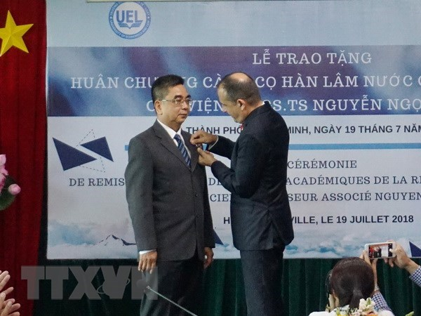 France's Order of Academic Palms presented to Vietnamese scholar, social news, vietnamnet bridge, english news, Vietnam news, news Vietnam, vietnamnet news, Vietnam net news, Vietnam latest news, vn news, Vietnam breaking news